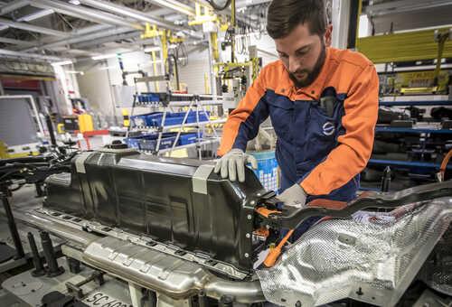 Assemblage van batterijpacks voor elektrische Volvo's